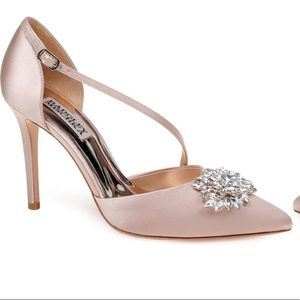 Badgley Mischka Palma Pump Size 6.5